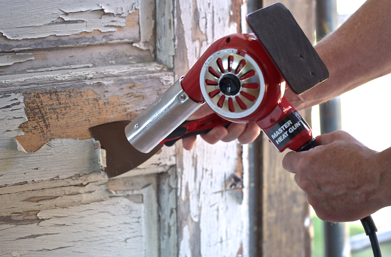 Use an industrial heat gun for your paint removal project for Heat gun to remove paint